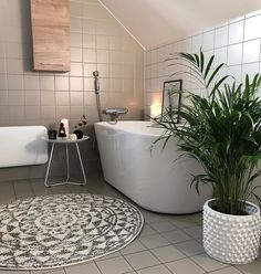 """Mi piace"": 6,018, commenti: 94 - N Larsson Mansoori (@interior_by_nina) su Instagram: ""Godmorgon! Önskar er en fin lördag. . . . . . #bathroom #bathroomdesign #bathroomdecor…"""