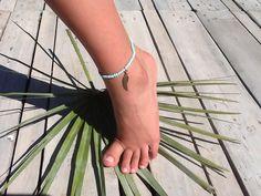 Bracelet de cheville, ankle bracelet, bleu ciel. de la boutique Peaceandlovebyme sur Etsy