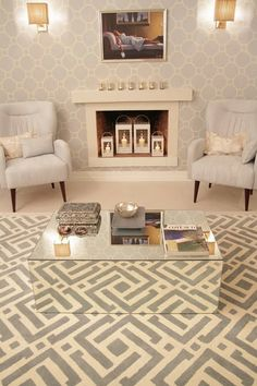 mixed pattern...Absolutely love this room, except the painting.