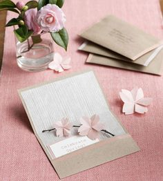 Origami Floral Invitation http://en.origami-club.com/flowers/sakura2/sakura/index.html