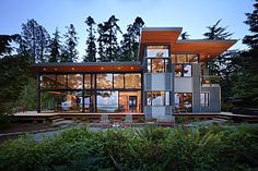 Port Ludlow House - Modern - Exterior - seattle - by FINNE Architects Houses Architecture, Sustainable Architecture, Residential Architecture, Architecture Design, Sustainable Design, Green Architecture, Modern Glass House, Modern House Design, Design Exterior