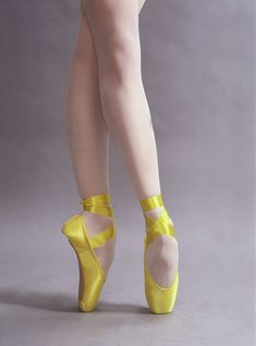 Dancewear to dance learning environments, performers, dancers; Colored Pointe Shoes, Yellow Ballet Shoes, Girls Ballet Shoes, Ballerina Shoes, Ballet Dancers, Dance Shoes, Thigh High Leg Warmers, Ballet Images, Ballet Photography