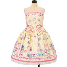 Worldwide shipping available ♪ Angelic Pretty ☆ ·. . · ° ☆ cake pattern jumper skirt https://www.wunderwelt.jp/products/w-09721 IOS application ☆ Alice Holic ☆ release Japanese: https://aliceholic.com/ English: http://en.aliceholic.com/