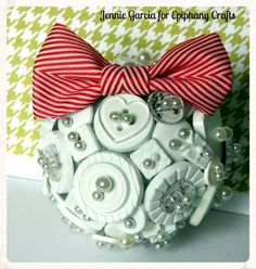 #Christmas ornament made with the #epiphanycrafts Button Studio Tools. www.epiphanycrafts.com