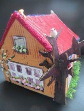 surprise huis a Gingerbread, Bird, Christmas Ornaments, Holiday Decor, Outdoor Decor, Action, Glitter, Home Decor, Gift