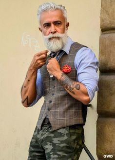 Some guys look stylish nomatter their age!