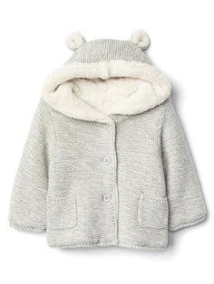 Discover a selection of baby clothes at Gap for cute outfits made with quality and style. Shop a variety of baby clothing for your little bundle of joy. Baby Kids Clothes, Baby Clothes Shops, Unique Outfits, Stylish Outfits, Baby Girl Fashion, Kids Fashion, Little Baby Girl, Baby Girls, Baby Sweaters