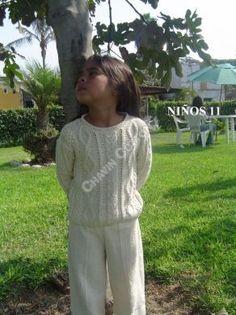 Gestrickter Pullover mit Hose aus Pima Baumwolle