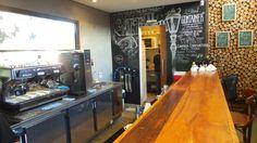 Café Container, Campinas Café Container, Mall Facade, Coffee Shop, Blinds, Vanity, The Originals, Mirror, Kitchen, Table