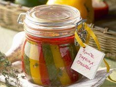 Eingelegte Paprika ist ein Rezept mit frischen Zutaten aus der Kategorie Kräuter. Probieren Sie dieses und weitere Rezepte von EAT SMARTER!