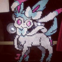 Shiny Sylveon perler bead