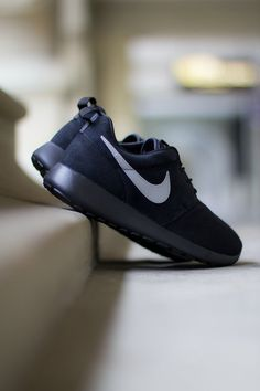 Wow!! I Found a very great website, 2016 fashion style sports shoes,only $21,top quality on sale, click this pic to get this shoes.