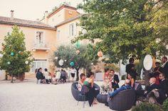 Wedding venue in Provence. Lieu de réception en Provence. Organisation de Mariage en Provence. Mariage champêtre en Provence.  www.blanchefleur.com Photo : Anne-Claire-Brun