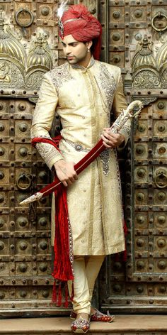 India wedding attire for groom Wedding Outfits For Groom, Wedding Wear, Wedding Groom, Wedding Attire, Wedding Dresses, Indian Man, Indian Groom, Indian Ethnic, Royal Indian