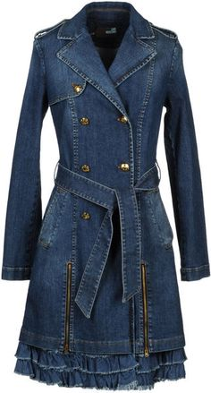 Women's Denim Jackets : Women's Blue Denim Jacket Denim Outerwear - Lyst Loooooove Moschino Sharing is caring, don't forget to share ! Denim Fashion, Fashion Outfits, Look Jean, Diy Vetement, Moschino, Mode Jeans, Beauty And Fashion, Denim Ideas, Recycled Denim