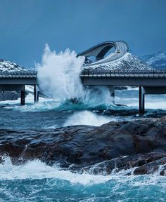 Be scared by one of the most spectacular bridges on the Atlantic Road in Norway. This 8.3 kilometres long road connects several islands. It took 6 years to build and during that period there were 12 tornadoes. It is worth seeing not only for the view but also for the spectacular bridges with crystal waters running underneath. ✌️ Atlantic Road by @thomaseckhoff  Discover the most hidden places on our travel map! www.mapiac.com