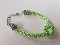 Pulsera nudo cordón verde 7 cabos