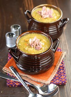 Slow Cooker Split Pea Soup with Ham ~ http://www.garnishwithlemon.com