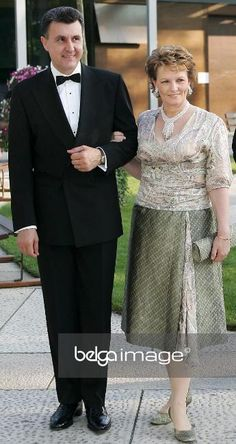 Prince Radu and Princess Margarita of Romania Royal Photography, George Vi, Queen Victoria, Royal Families, Fascinator, Palace, Royalty, Formal, Fashion
