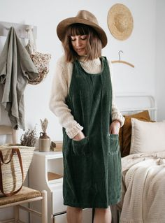 clothes and goods for slow, simple, and sustainable living — Calico and Twine Fall Winter Outfits, Autumn Winter Fashion, Fall Fashion, Sustainable Fashion, Sustainable Living, Modest Fashion, Fashion Outfits, Cute Outfits, Casual Outfits