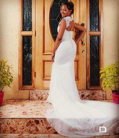 Cyrena's stunning back view on her #weddingday  #Claybride #realwedding #realbride #weddingdress #MadeinJamaica #HouseofClay #ClayBridesAreThePrettiest #ClayBridesAreTheHappiest #happilyeverafter by houseofclayja