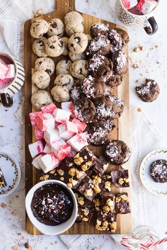 """Reading """"Up Your Cookie Platter Game with an Epic Christmas Cookie Board"""" on The Sweetest Occasion Christmas Cocktail Party, Christmas Party Food, Christmas Entertaining, Christmas Desserts, Christmas Treats, Holiday Treats, Holiday Recipes, Christmas Cocktails, Summer Cocktails"""