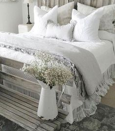 Most Beautiful Rustic Bedroom Design Ideas. You couldn't decide which one to choose between rustic bedroom designs? Are you looking for a stylish rustic bedroom design. We have put together the best rustic bedroom designs for you. Find your dream bedroom. Farmhouse Master Bedroom, Cozy Bedroom, Home Decor Bedroom, Modern Bedroom, White Bedroom, Pretty Bedroom, Bedroom Art, Farmhouse Style Bedding, Farmhouse Bedroom Furniture