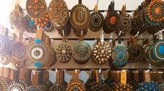 Somos apaixonadas por fivelas. Aqui você monta seu cinto como desejar wwww.cintosexclusivos.com.br #monteseucinto #cintosemcouro #cintosempedraria