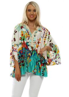Stylish Port Boutique green tops available online now at Designer Desirables. More summer tops delivered free with free returns Kaftan Tops, Kaftan Style, Beaded Sandals, Going Out Tops, Green Tops, Summer Tops, Tassel, Contrast, Kimono Top