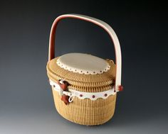 Photo of Michael Kane Lightship Baskets - Nantucket, MA, United States. Nantucket Basket Tote, Kidney Clutch and Oval Cocktail Size Nantucket Baskets Old Baskets, Vintage Baskets, Wicker Baskets, Entryway Mirror With Hooks, Nantucket Bike Basket, New Zealand Flax, Nantucket Style, Decorating With Pictures, Decorative Storage