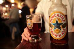 'Fish and chips' cocinado con cerveza Newcastle Brown Ale Brewing Recipes, Homebrew Recipes, Beer Recipes, Fish And Chips, Tostadas, New Castle Beer, Brown Ale Recipe, Newcastle Brown Ale, Brew Your Own Beer