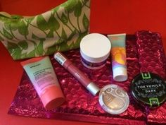 Yay @ipsy I love everything except the shadow! Review of Mays @ipsy at subscriptionist.com