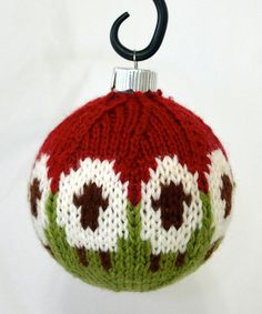 Ravelry: Sheep Balls pattern by Dona Carruth; free pattern