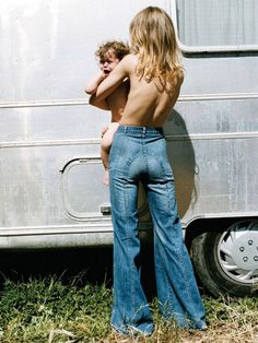 Fotos mostram que as roupas usadas em Woodstock inspiraram o que você veste hoje