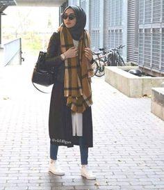 scarf sporty hijab look, Sporty hijab street style http://www.justtrendygirls.com/sporty-hijab-street-style/