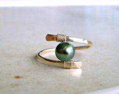 Perle Drahtring, minimalistischen Perle Ring, Solitär Perle, Gold gefüllt, Draht gewickelt Ring, Süßwasserperlen: Wählen Sie Ihre Farbe