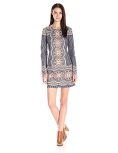 24999873c6a3b1 BCBGMax Azria Women's Allina Lace Long-Sleeve Cocktail Dress: Amazon.co.uk:  Clothing