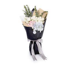 月下维纳斯 白玫瑰19支/粉玫瑰19支/蓝绣球1支/尤加利叶10支 (€2,70) ❤ liked on Polyvore featuring fillers and flowers