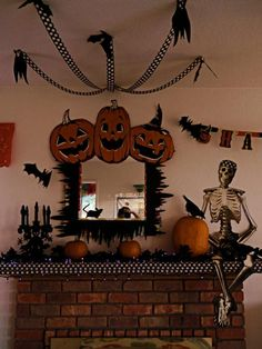 Halloween decorations : IDEAS & INSPIRATIONS  mantlehalloween decorationsfireplace