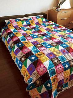 Kukka Bedspread, free pattern chart by Pierrot (Gosyo Co., Ltd). Love the textures & fresh use of colors. #crochet #blanket #throw: