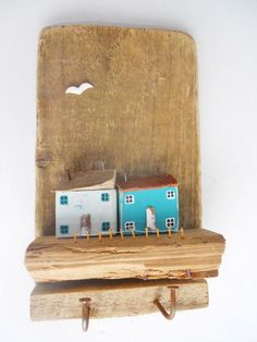Key rack or just a #house wall plaque #driftwood #imadethis