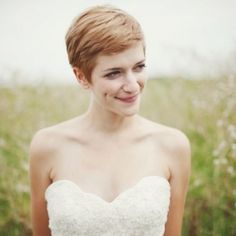 Need short hair inspiration for the big day? We've found our five favorite styles for short-haired brides! Photo via Josh Dookhie.