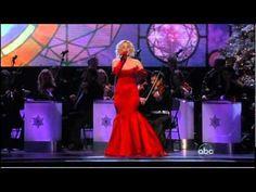 Reba-Kellie Pickler- Country Christmas- Nov.29,2010