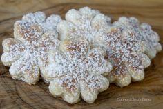 I Biscotti in Padella sono dei deliziosi biscottini che non necessitano di cottura in forno in quanto cuociono in padella in pochissimi minuti. Provateli!!!