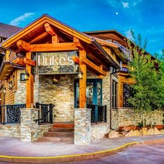 Duke's - Casual Fine Dining Desert Rose Resort & Cabins A Boutique Style Resort Offering Affordable Luxury in Bluff, Utah. Zion National Park, National Parks, Dukes Restaurant, Bryce Canyon, Fine Dining, A Boutique, Utah, Desert Rose, Mansions