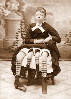 """Josephine Myrtle Corbin """"The Four Legged Girl from Texas"""" (1868- 1928) born with dipygus, giving her two seperate pelvises. Had 2 functional reproductive systems. During her births of her 5 children, some came from one system and others from the other."""
