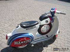 vespa__ss_50_cc_martini_racing_1967_3_lgw.jpg (640×480)