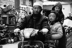 E hoje na Coluna Convidados o Carioca Travelando vai lá pra China através dos relatos do @theopaul (link na bio) Nǐ hǎo!  . #CariocaTravelando #Convidados #China #Shanghai #Pequim #Asia #Nǐhǎo #Hangzhou #BrasileirosPeloMundo by cariocatravelando