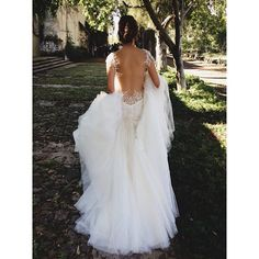Thank you @galialahav for letting us feature your jaw dropping gown from @thewhitedresscdm for the @josevilla workshop!!!! Here's our model on her way to our attendees. Lady Grey styling with beauty by @teamhairandmakeup  #mexicoworkshop2013 #josevillaworkshops #Padgram