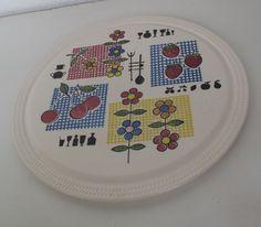 Staffel Limburg, Echt Dom Keramik -- Tortenplatte